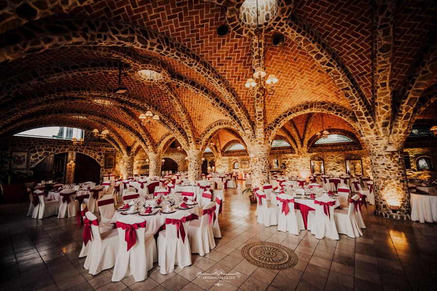 Banquete en Aldea Santillana