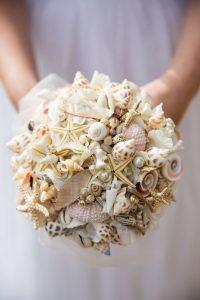 Ramo de novia con estrellas de mar
